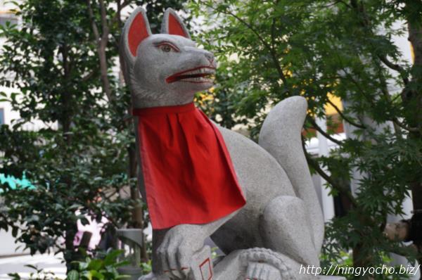 茶の木神社狐様右画像